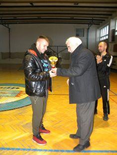 "Štefanské halové fut. turnaje ""Mladých a Starých"" ..december 2017"