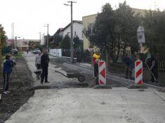 Rekonštrukcia ul.Školskej...plánované dokončenie koniec októbra 2015